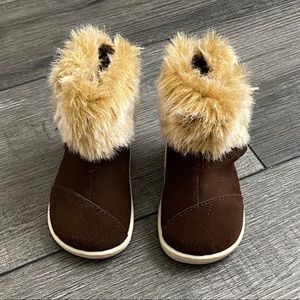 TOMS Baby Nepal Boot Chestnut Suede w/ Faux Fur